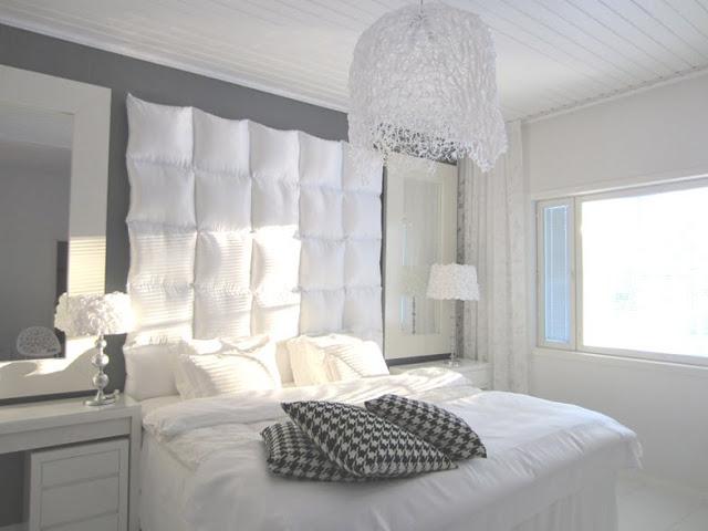 pillow+headboard-702771