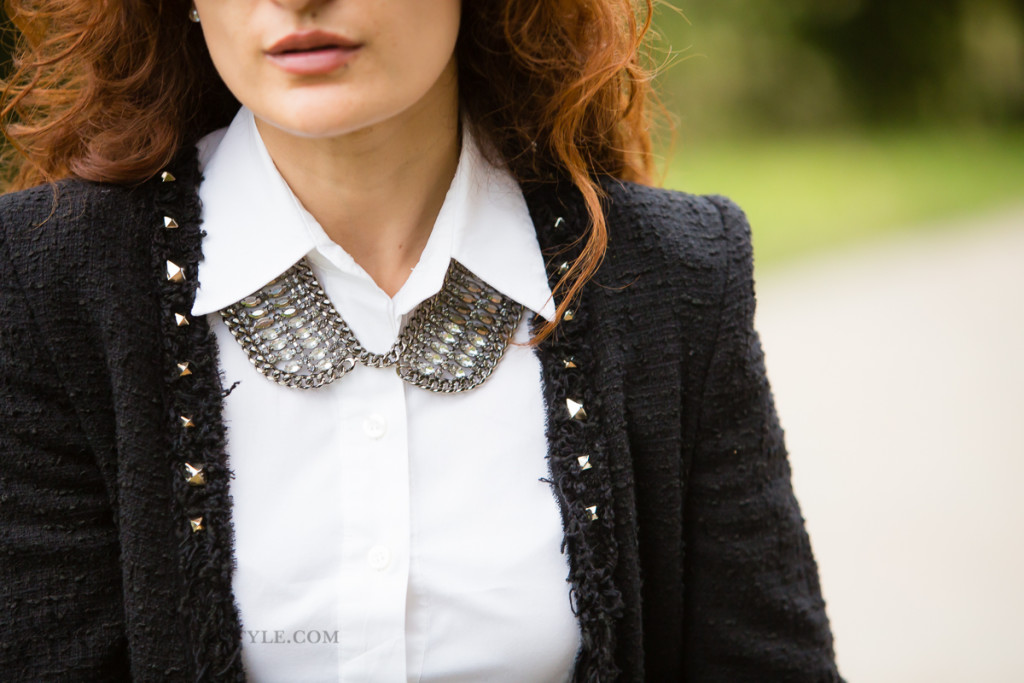 target-bib-necklace