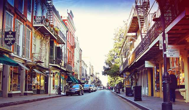 new-orleans-french-quarter_flickr_.distracted