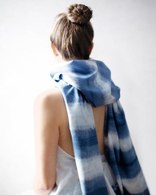 scarf-model-mld108754_vert