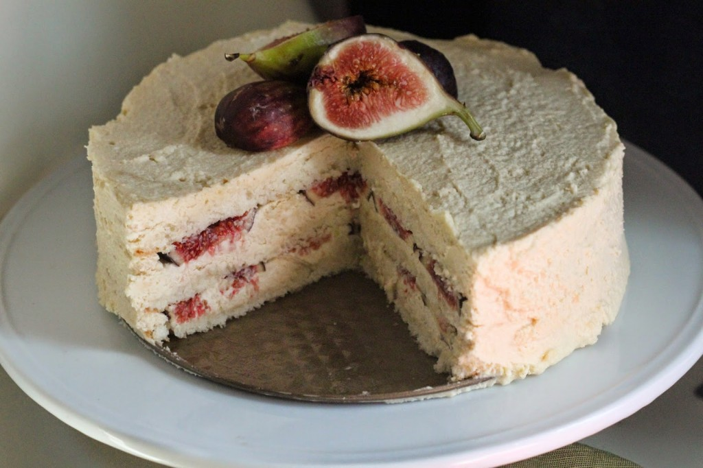 fig mascarpone cake