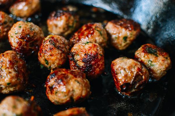 meatball-banh-mi-8