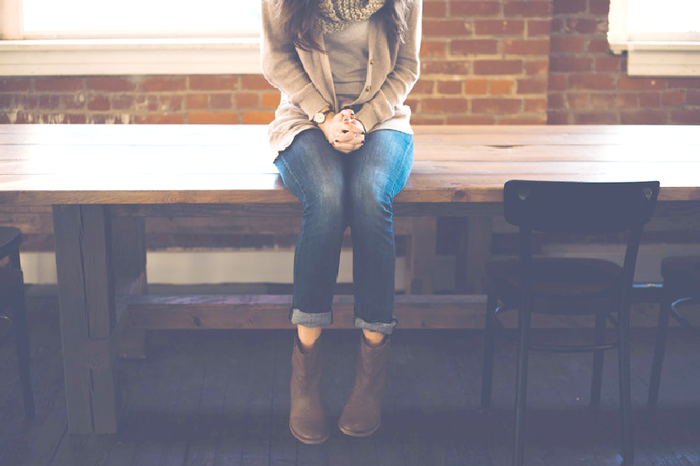 girl-sitting