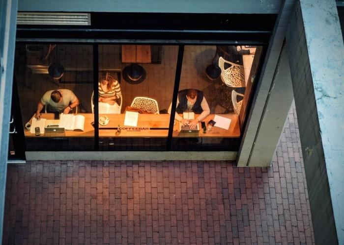 job-hunt-coffee-shop