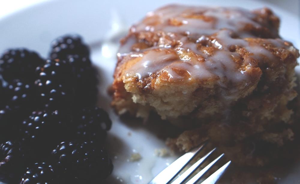 blackberries-+-cinnamon-coffee-cake