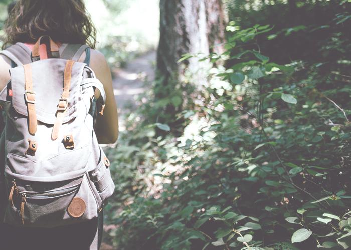 girl-backpacking