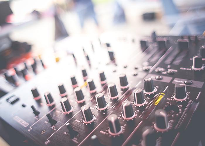 DJ-dials