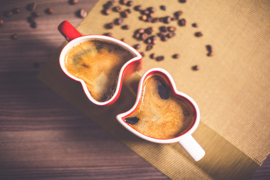lovely-and-romantic-heart-coffee-cups-picjumbo-com