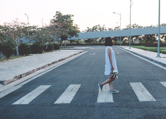 woman-standing-on-street