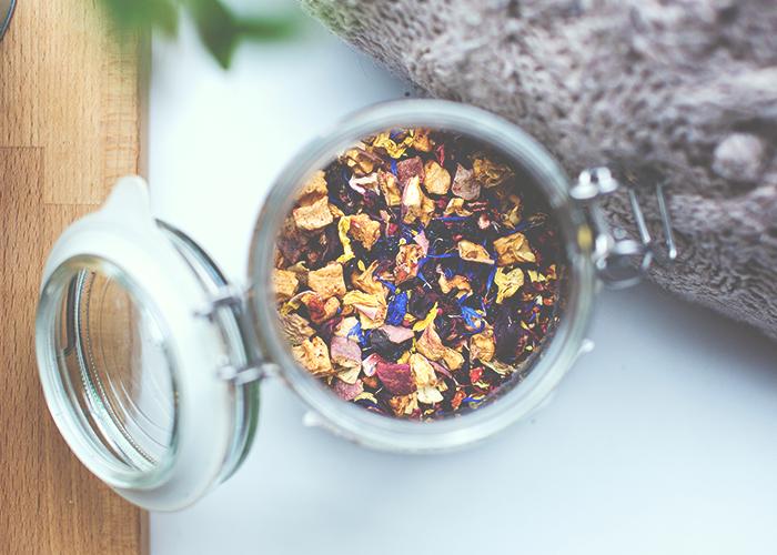 tfd_photo_loose-tea-in-jar