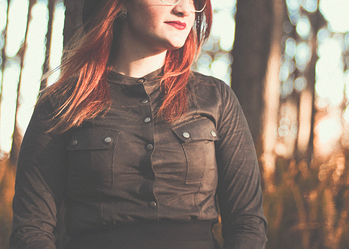 tfd_photo_woman-red-hair-and-glasses