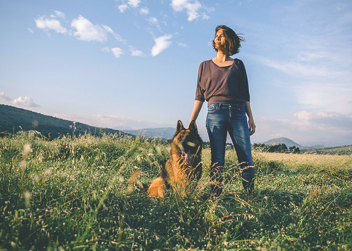 tfd_photo_woman-with-german-shepard