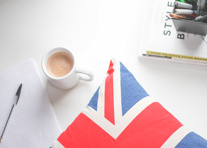 tfd_photo_coffee-with-british-flag-pillow