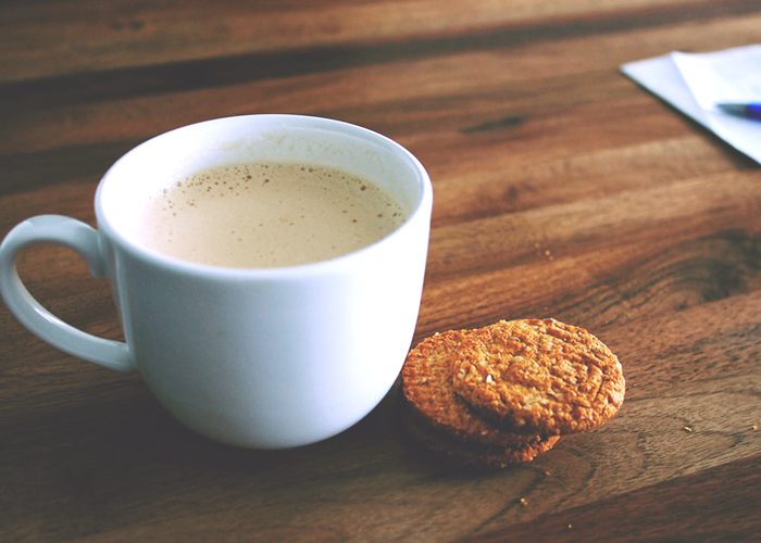 tfd_photo_coffee-and-oat-cookies