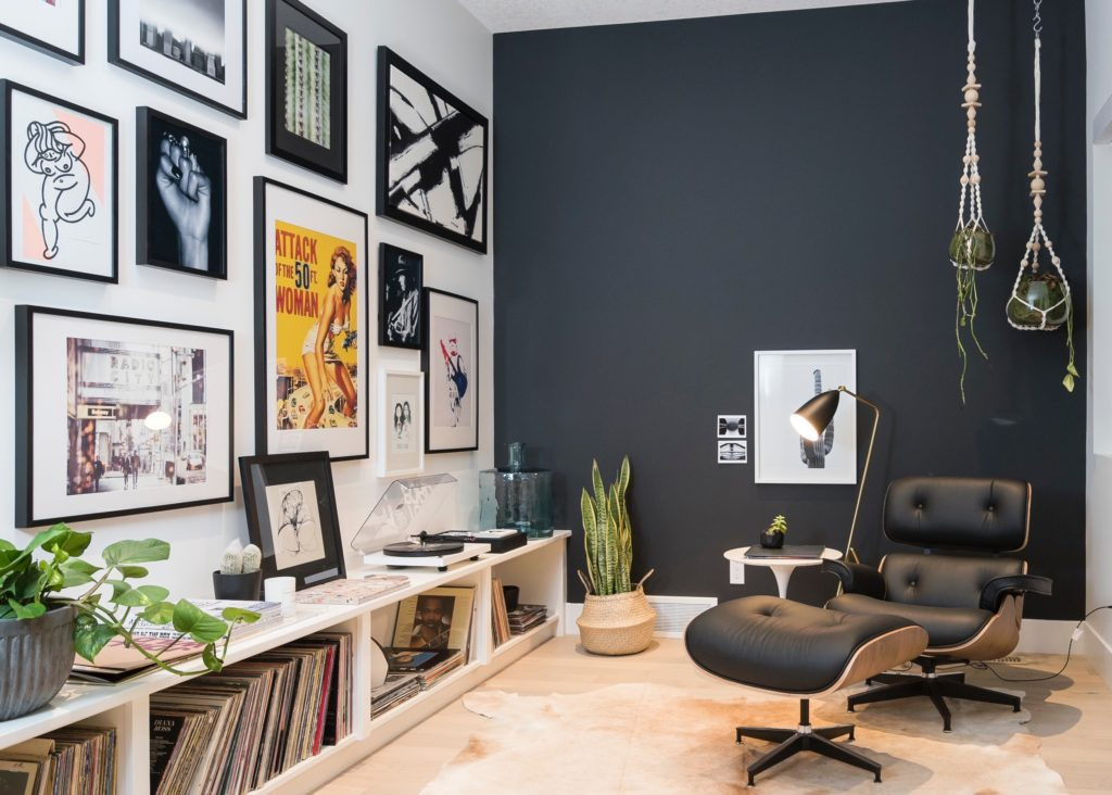 How To Make A Gallery Wall For 50 Less